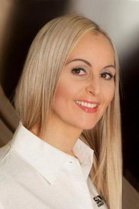 Daniela Di Giuseppe – Gesellschafterin / Geschäftsführerin und Ihre Ansprechpartnerin in den Bereichen Verwaltung und Verkauf.