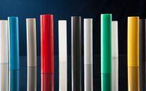 Rundstäbe aus technischen Kunststoffen wie PA, POM, PE, PP, PVC, PVDF, PTFE, PEEK.