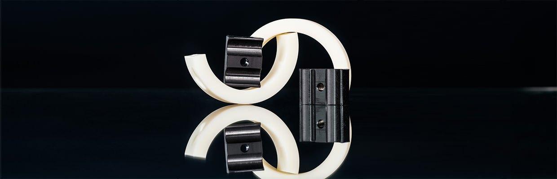 Kunststoffschellen aus Polyamid zur Befestigung von Kabeln, Schläuchen und Rollen.