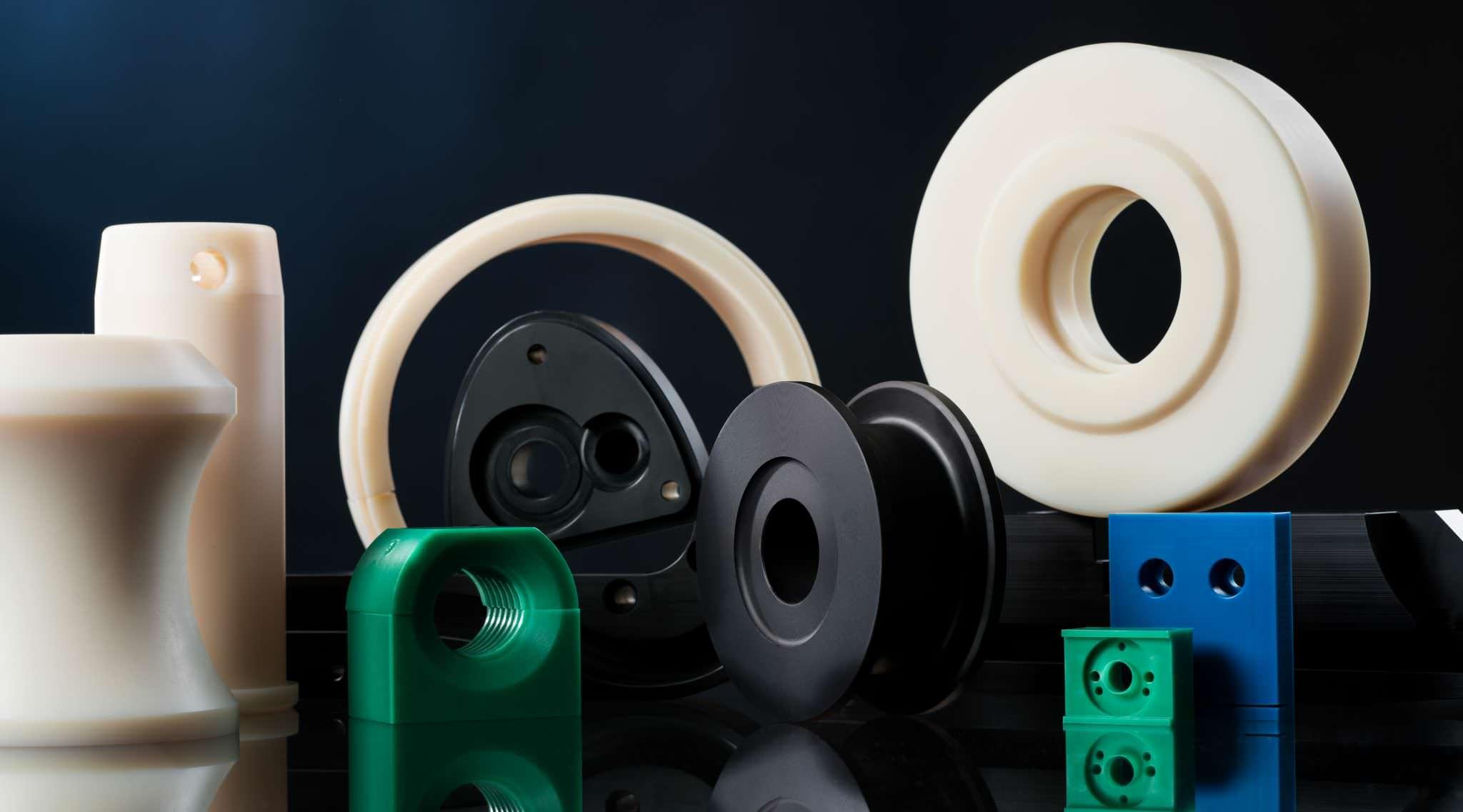 Seilollen, Ringe, Räder, Schwerlasträder, Hülsen, Buchsen, Gehäuse, Gleitelemente, Absreifer, Segmente aus Kunststoff.